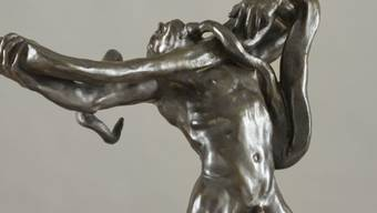 """Der """"L'Homme au serpent"""" (1887) von Auguste Rodin wurde von einer anonymen Person dem Waadtländer Kunstmuseum geschenkt (Bild: mcb-a, Ausschnitt)."""