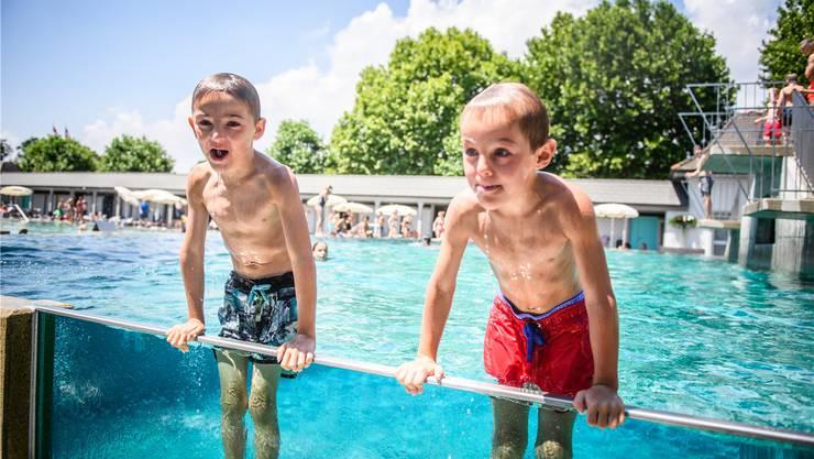Sie hatten am Wochenende gut lachen: Die Badi kam zuletzt auf Touren.