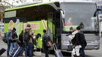 Solche Busse fahren bald zwischen Zürich und Basel.