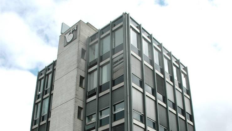 Investor gesucht: Das frühere Verwaltungsgebäude an der Herzogstrasse ist für 2,2 Mio. Franken zu haben.