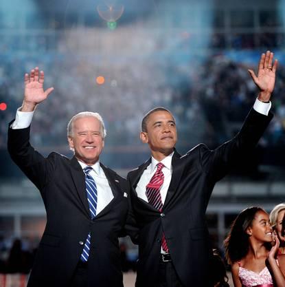 Am Parteitag der Demokraten 2008 werden die beiden Ex-Kontrahenten Joe Biden und Barack Obama offiziell von ihrer Partei nominiert.