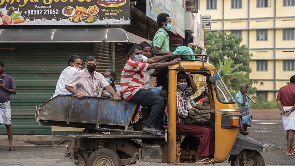 Zahl der Corona-Infektionen in Indien steigt auf mehr als 8 Millionen