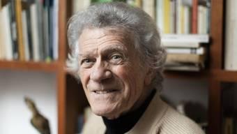 """Der Tessiner Lyriker Alberto Nessi kennt auch nachdenkliche Töne, ein stilles Innehalten vor der Natur, vor der Vergänglichkeit. Christoph Ferber hat Nessis Band """"Foglie e folaghe"""" (""""Blätter und Blässhühner"""") auf Deutsch übersetzt."""