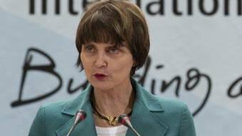 Calmy-Rey spricht vor den Mitgliedern der Internationalen Arbeitsorganisation in Genf