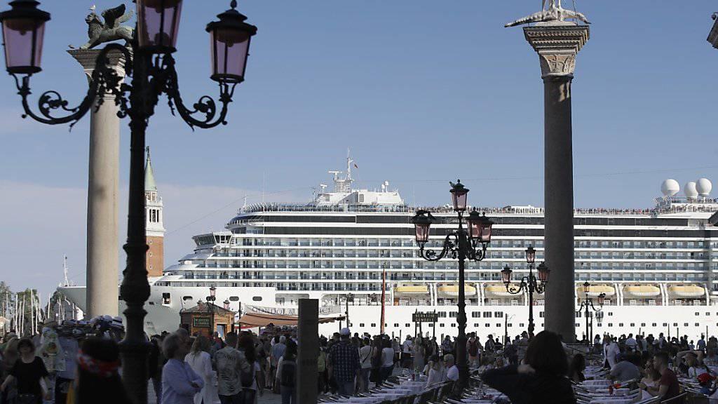 In Venedig geriet am Sonntag ein Kreuzfahrtschiff bei einem Sturm ausser Kontrolle. (Symbolbild)