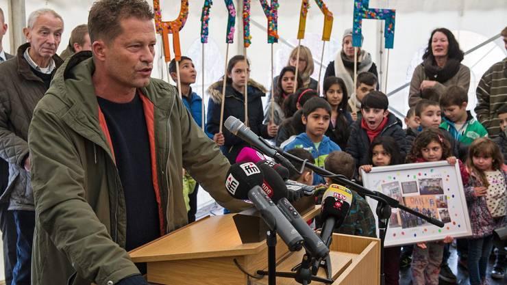 Til Schweiger engagiert sich mit seiner Stiftung Schweiger Foundation gegen Fremdenhass. Flüchtlinge dankens ihm. (Archiv)