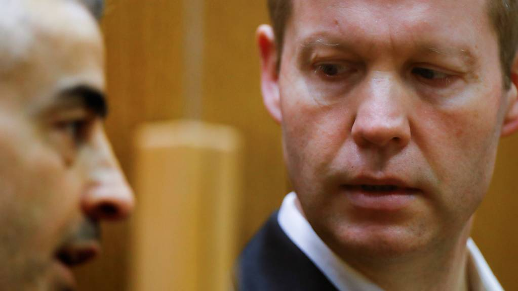 Stephan Ernst (rechts) ist wegen des Mordes am deutschen Politiker Walter Lübcke zu lebenslanger Haft verurteilt worden.