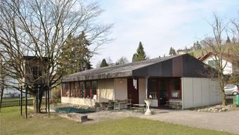Das Grundstück des alten Kindergartens wird verkauft. Der neue Kindergarten soll 2016 bezogen werden.
