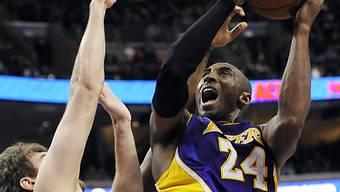 Kobe Bryant führte die Lakers mit 34 Punkten zum Sieg.