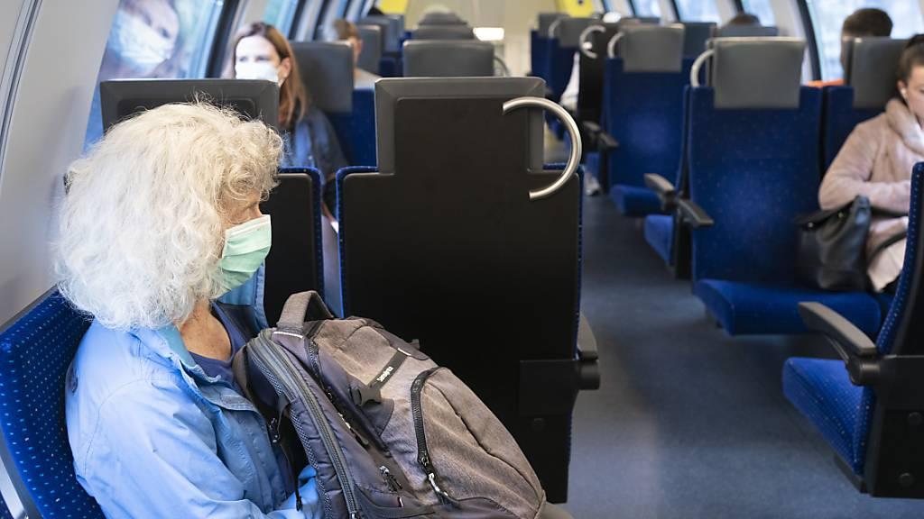 Ab Montag gilt im öffentlichen Verkehr eine Maskenpflicht. (Archivbild)