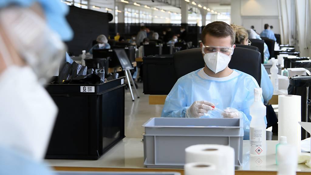 Teststrategie in Graubünden senkt Corona-Infektionsraten