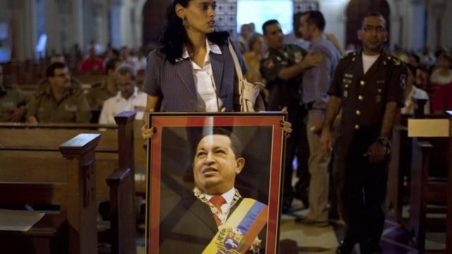 Anhänger beten für Chavez