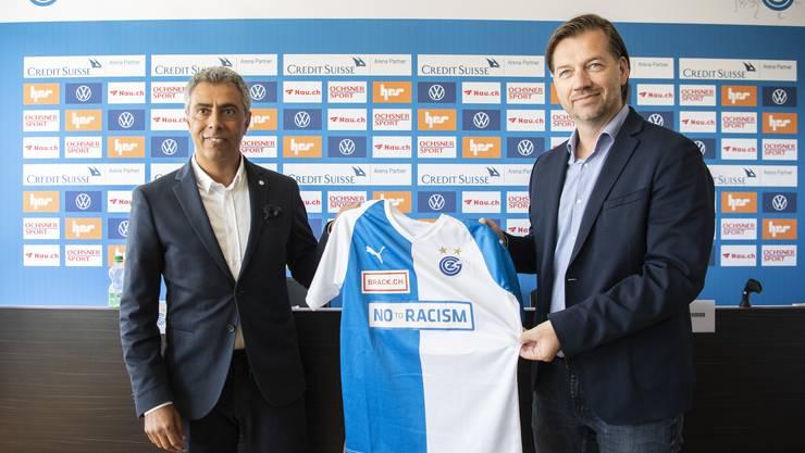 GC Sportchef Bernard Schuiteman, rechts, präsentierte an der Medienkonferenz einen neuen Trainer.