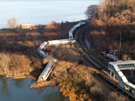 Zugsunglück nördlich von New York