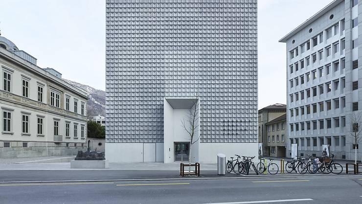 Der von den spanischen Architekten Fabrizio Barozzi und Alberto Veiga entworfene Erweiterungsbau des Bündner Kunstmuseums ist beim Publikum ein Renner.