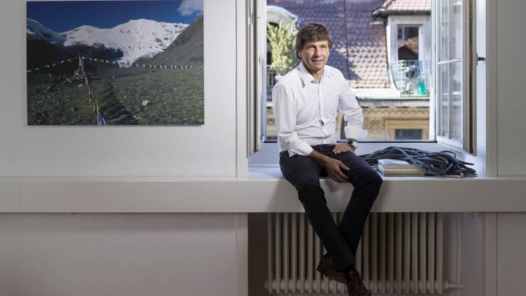 Globetrotter-CEO André Lüthi in seinem Büro in Bern. (Archivbild)