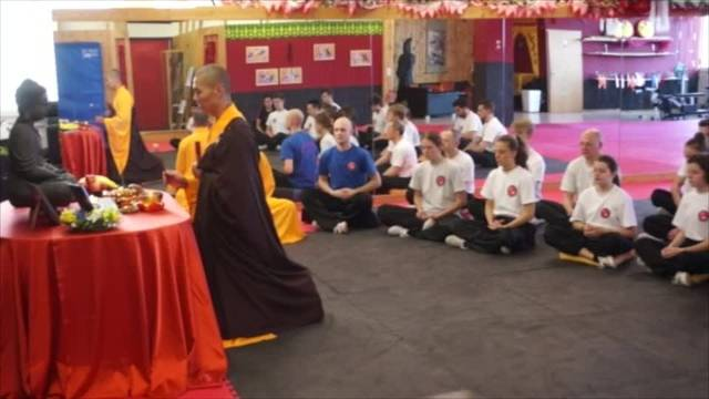 Meister Shi Yan Ti bei der Swiss Chinese Kung Fu School in Urdorf