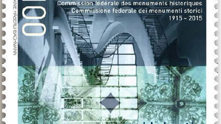 Die Sonderbriefmarke mit dem Badener Martinsberggebäude.