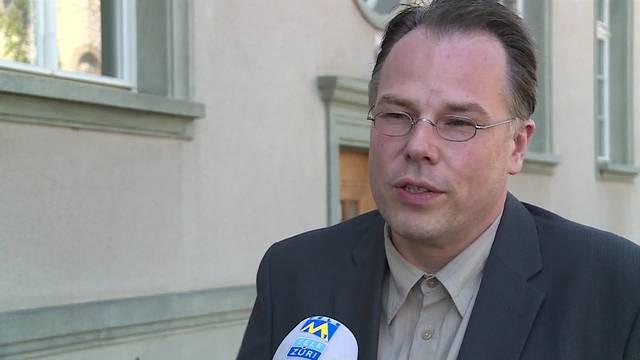 Prozess vor Berzirksgericht Bülach ZH: Ist der «Drogenpfarrer» A.W. auf die Frau wütend, wegen der er in die Drogengeschäfte verwickelt wurde?