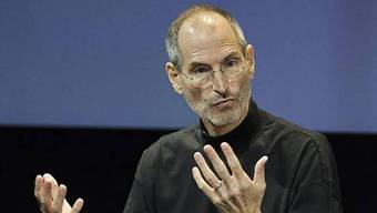 Apple-Chef Steve Jobs bietet nun auch in der Schweiz Filme zum Herunterladen an