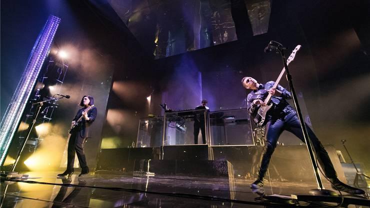 Ätherische Pop-Poesie: Die britische Band The xx um Gitarristin Romy Madley Croft, Soundtüftler Jamie xx und Bassist Oliver Sim (von links). David Wolff-Patrick