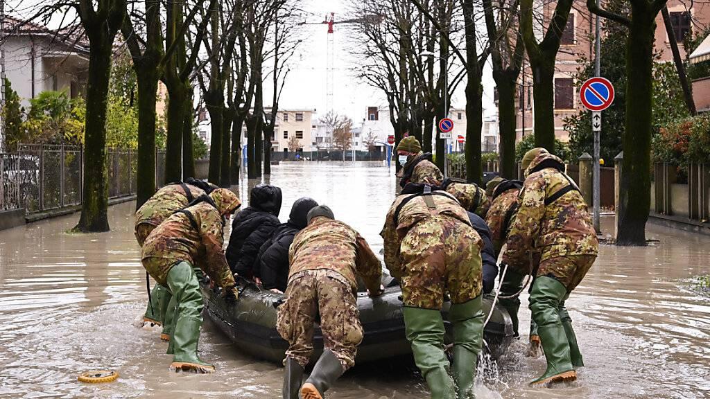 Unwetter in Italien mit Lawinengefahr und Überschwemmungen