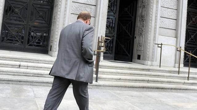 Der Hauptangeklagte, Daniel Gloor, schreitet zum Zürcher Bezirksgericht (Archiv)