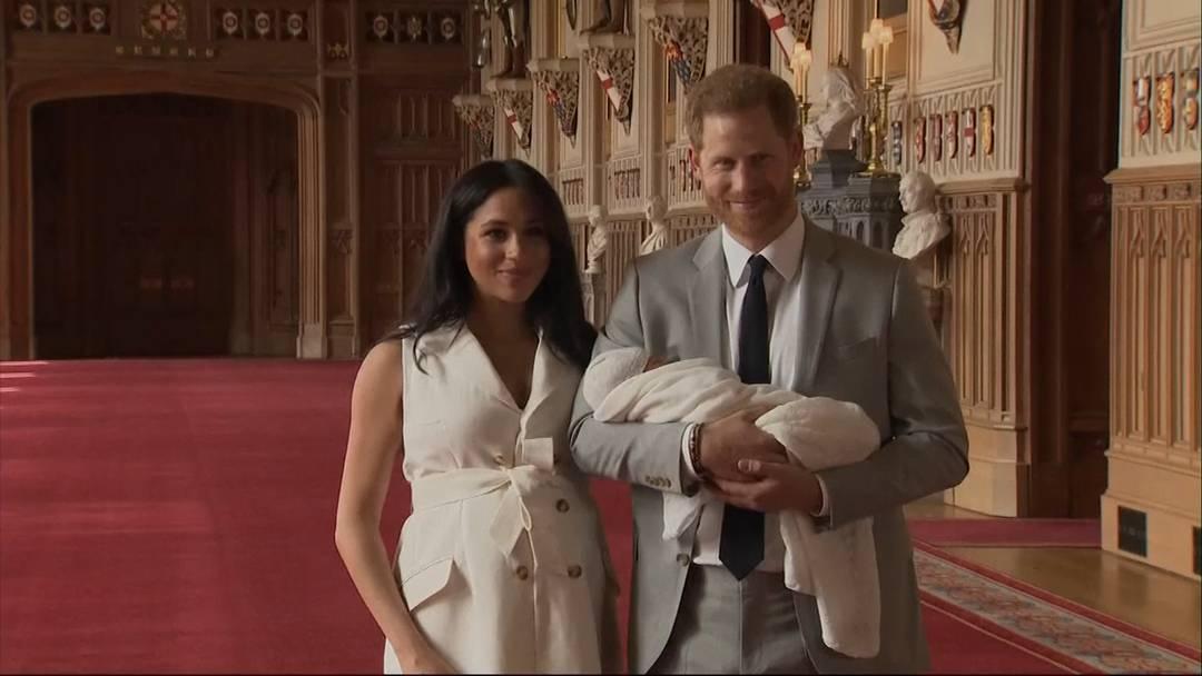 """Harry und Meghan treten als """"Royals"""" zurück"""