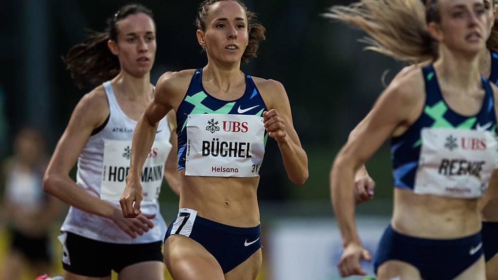 Büchel und Hoffmann laufen die 800 m unter 2 Minuten