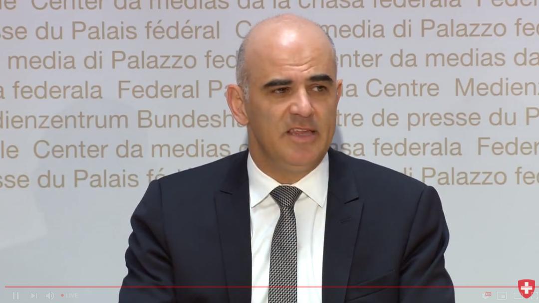 09.10.2018 - Medienkonferenz von Bundespräsident Alain Berset zur gesetzlichen Grundlage für die Überwachung von Versicherten
