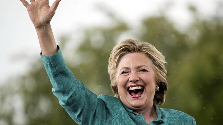 Sie kann dank dem FBI erst einmal aufatmen: Hillary Clinton im Endspurt ums Weisse Haus.