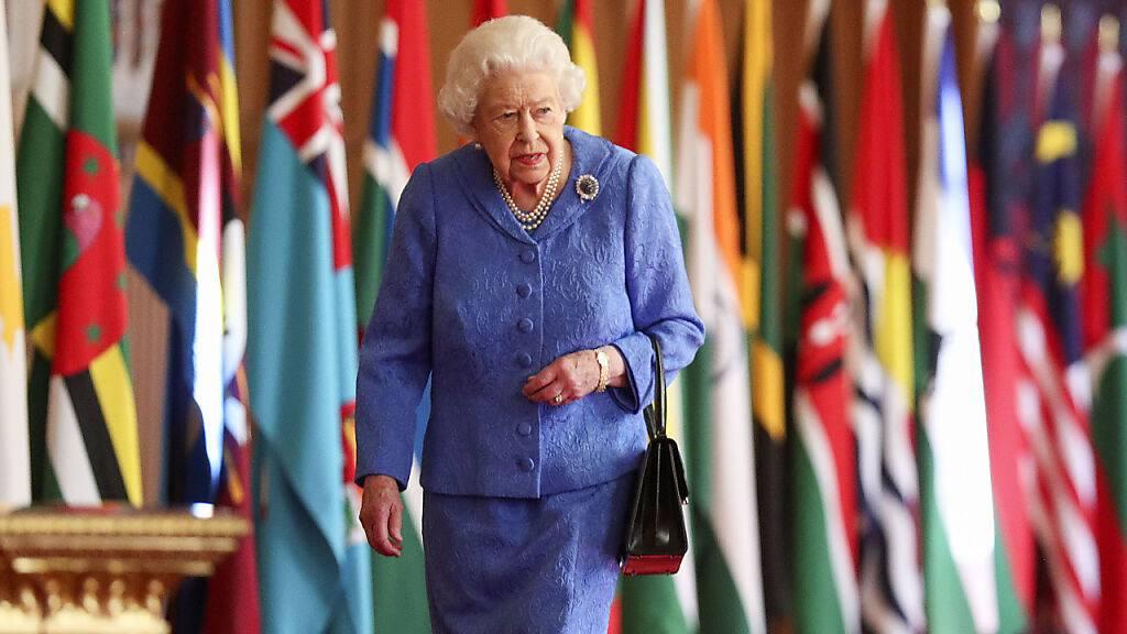 Grosse Militärparade zum 95. Geburtstag der Queen fällt aus