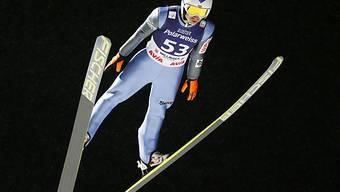 Kamil Stoch gewinnt das Skispringen in Willingen.