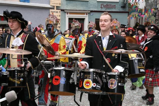 2_Die Roli-Guggers mit der Frumptarn Guggen-Band aus England