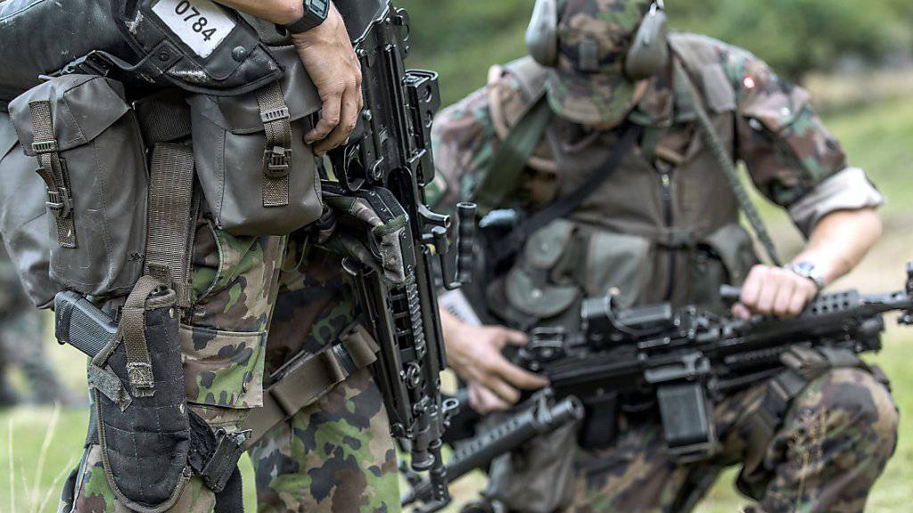Die Armee soll besser ausgebildet und voll ausgerüstet werden. Wie viel Geld dafür zur Verfügung steht, ist noch nicht beschlossen (Archiv).