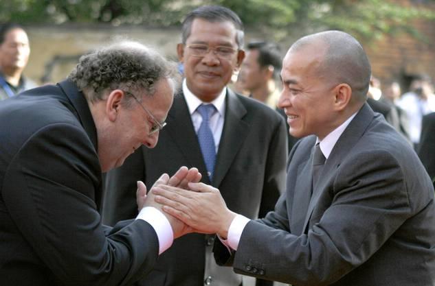 Richner und der König von Kambodscha: Norodom Sihamoni.