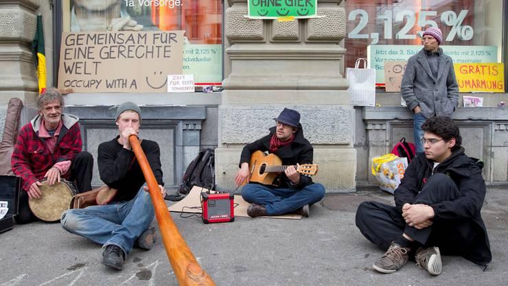 Mitglieder der Gruppe Occupy Paradeplatz besetzten im vergangenen November den Paradeplatz.