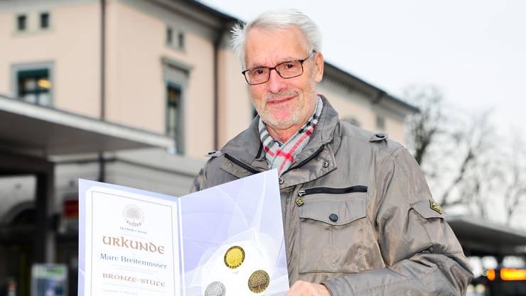 Kodex-Gründer Hubert Ruf (72) hat sein Suchtmittelpräventionsprogramm 1988 lanciert. Wer mitmacht, erhält zum Abschluss jeder Kodex-Stufe eine Medaille und eine Urkunde.
