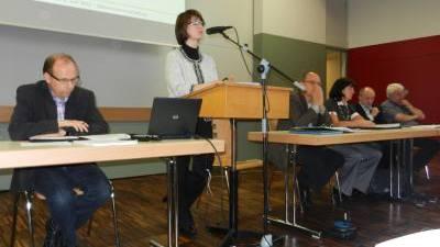 Kaister Gemeinderat sowie Susanne Notter vom Büro BDO AG und Markus Urech vom Gemeindeinspektorat