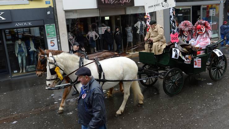 Chaisen gehören zu den ältesten Bestandteilen der Basler Fasnacht. Inzwischen ist ihre Bedeutung geschwunden.