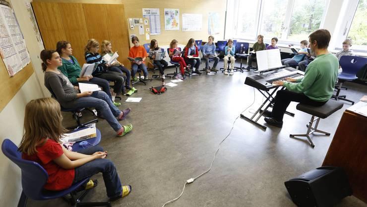 Hier proben Kinder für das Musical Zachäus