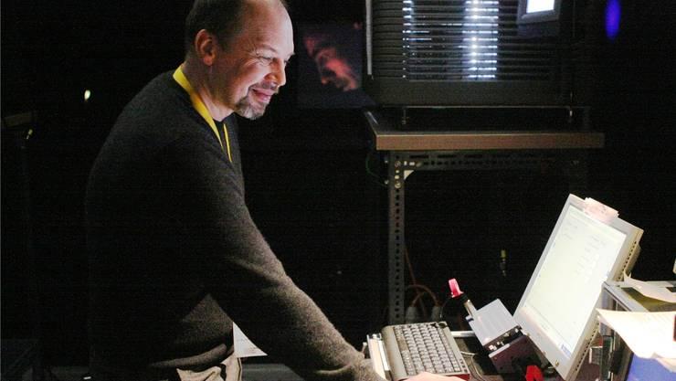 Operateur Patrik Engler hat den Quantensprung vom 35-Millimeter-Format zum digitalen miterlebt.