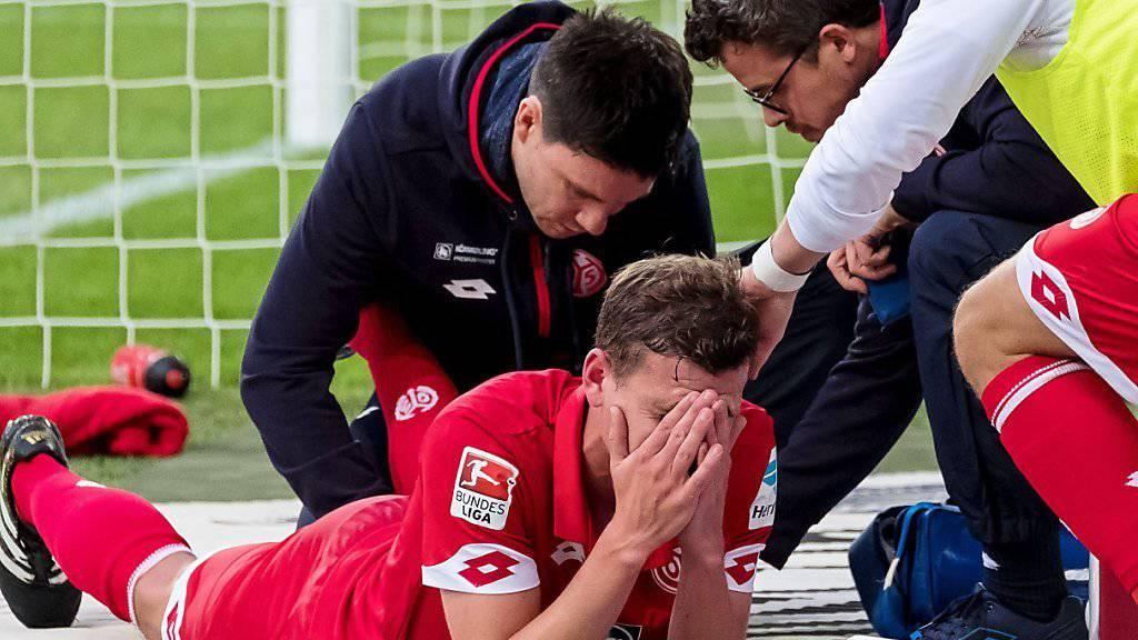 Fabian Frei wird am Sonntag im Bundesligaspiel Wolfsburg gegen Mainz medizinisch behandelt