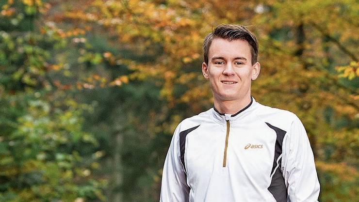 Pascal Schlegel läuft gerne im Wald.