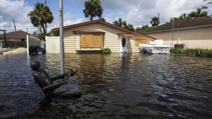 Eine überschwemmtes Bonita Springs in Florida.
