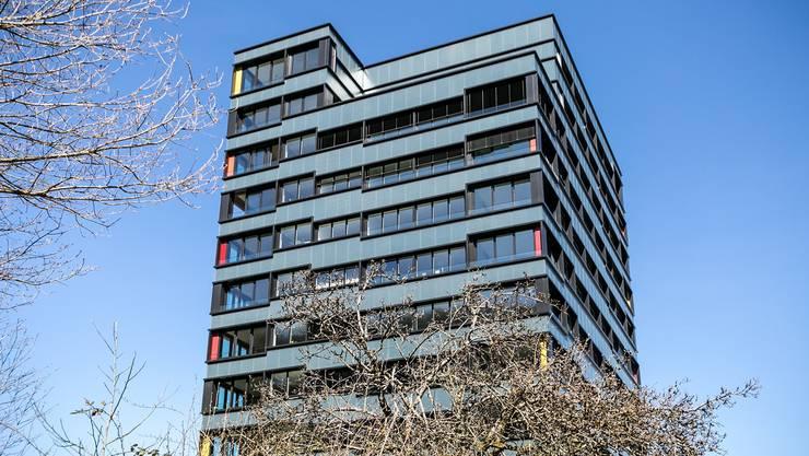 2 Meter hoch: Das Foto zeigt eines der beiden Belétage-Hochhäuser in Baden, die vergangenes Jahr eröffnet wurden.