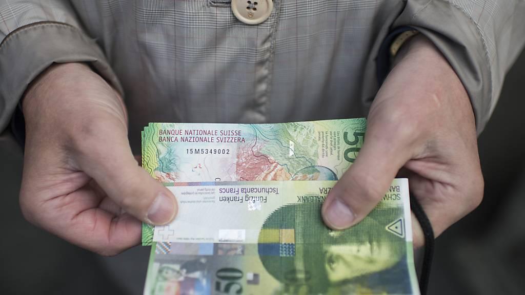 Schweizer Nationalbank ruft alte Banknoten zurück