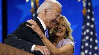 Joe und Jill Biden nach Bekanntwerden des Wahlsieges.