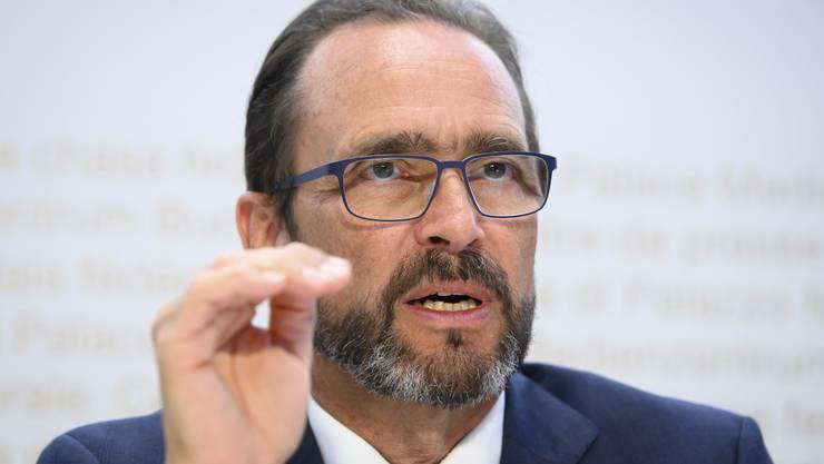 BAG-Direktor Pascal Strupler mahnt die Kantone.