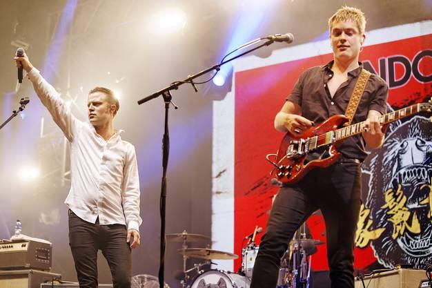 Sänger Björn Dixgård (links) Jens Siverstedt von Mando Diao.